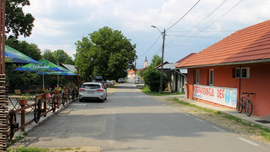 Restaurant sat Eftimie Murgu